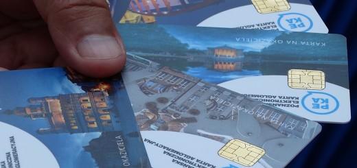 Karty-PEKA-na-okaziciela-kolekcja-zdjecia-Poznania